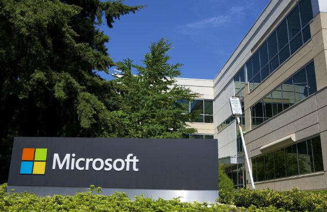 microsoft sues US Government
